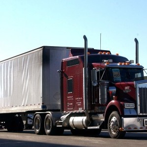 semi truck with heavy load Queener Law